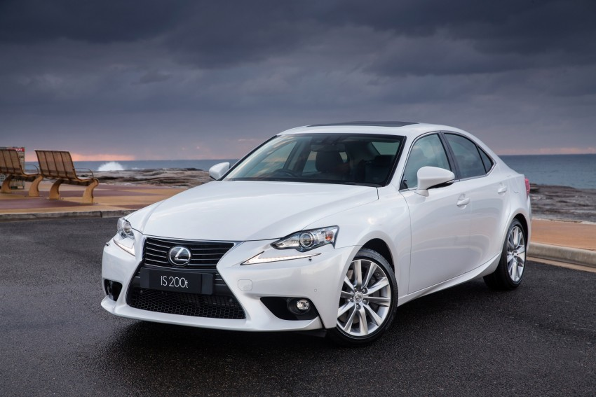 Lexus IS 200t specs listed on Lexus Malaysia's site Image #383047