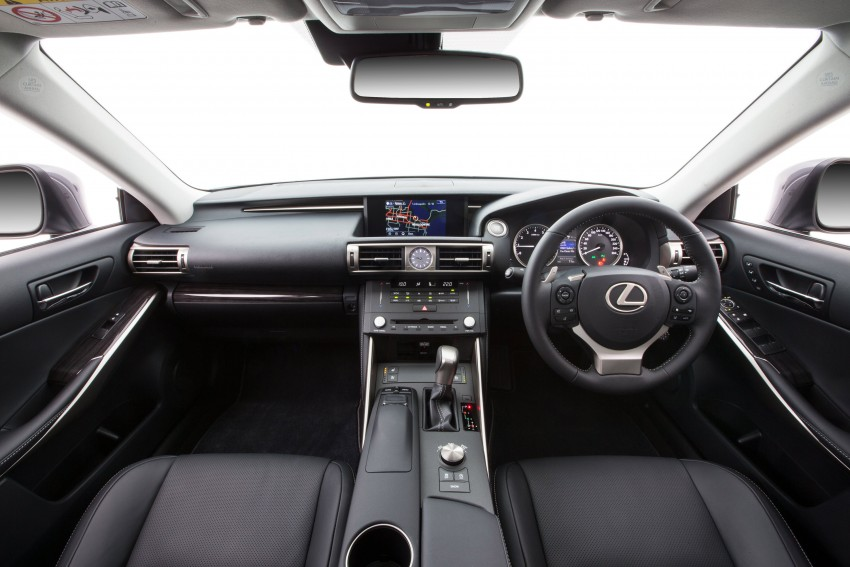 Lexus IS 200t specs listed on Lexus Malaysia's site Image #383052