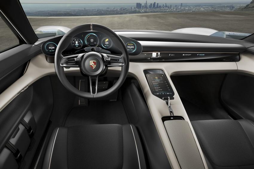Frankfurt 2015: Porsche Mission E Concept revealed Image #381235
