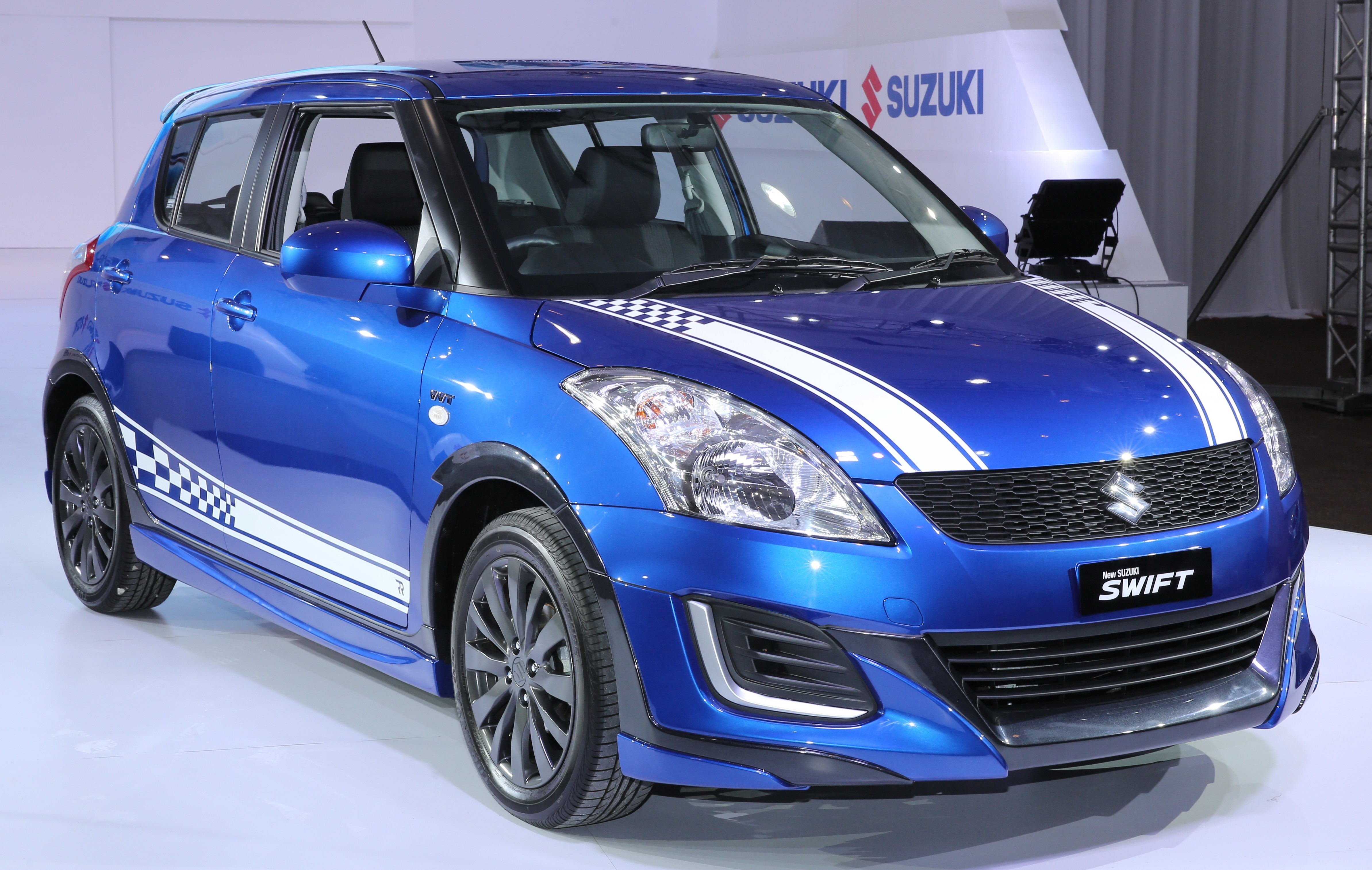 suzuki swift rr2 limited edition introduced rm70k. Black Bedroom Furniture Sets. Home Design Ideas
