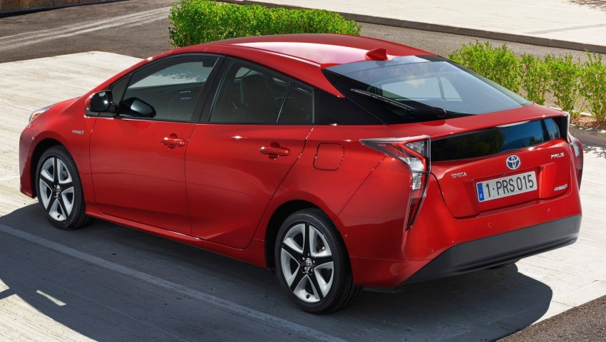 2016 Toyota Prius officially unveiled – 4th-gen hybrid promises improved fuel economy, ride and handling Image #377684