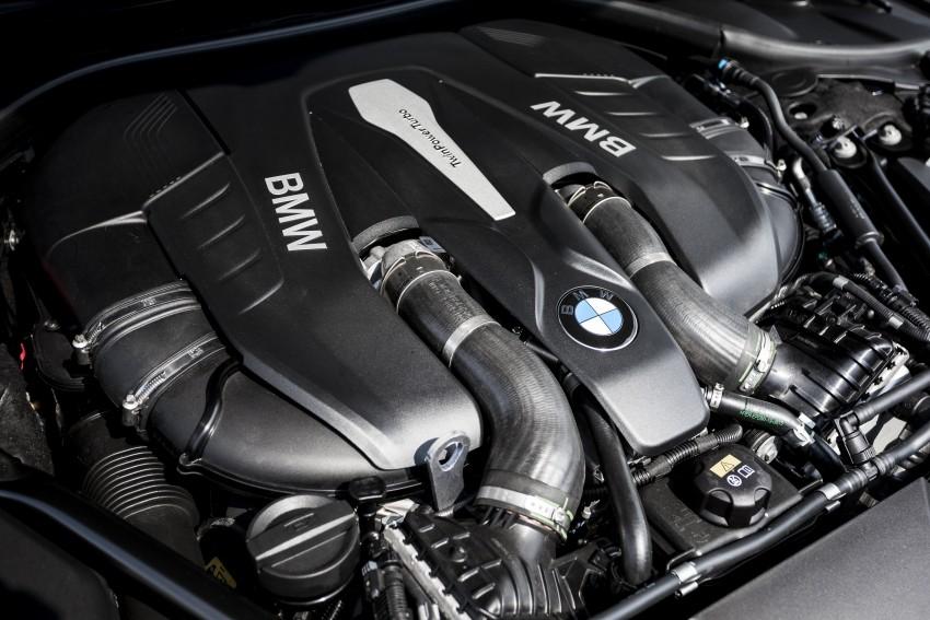 MEGA GALLERY: G11 BMW 7 Series in detail Image #391445