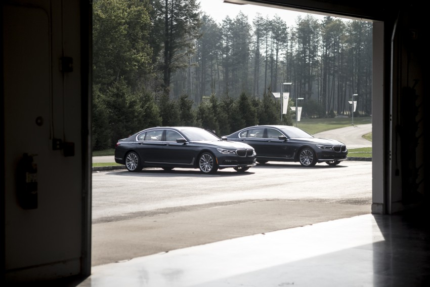 MEGA GALLERY: G11 BMW 7 Series in detail Image #391461