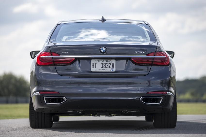 MEGA GALLERY: G11 BMW 7 Series in detail Image #391505