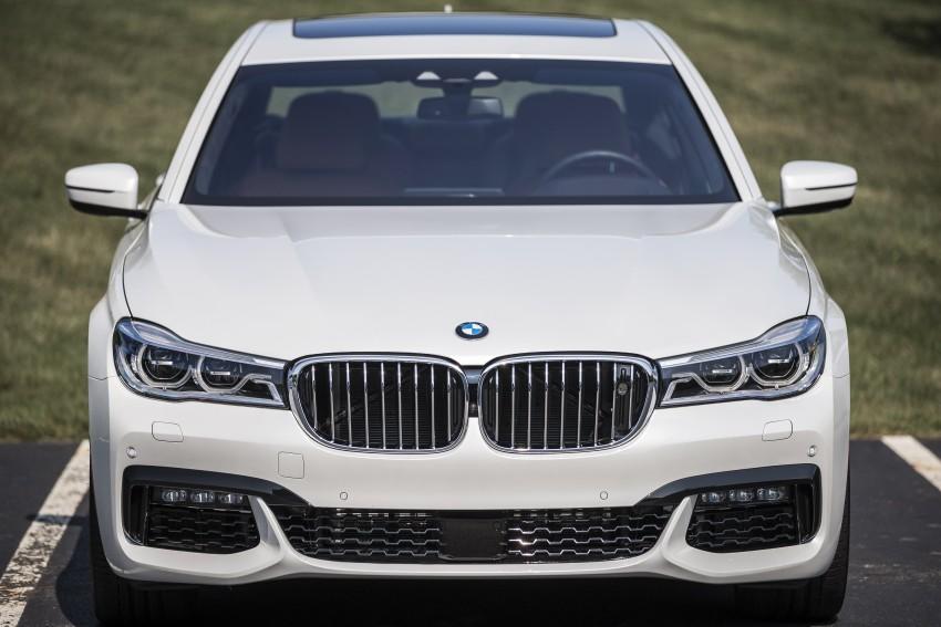 MEGA GALLERY: G11 BMW 7 Series in detail Image #391595