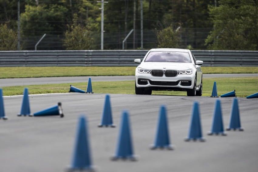 MEGA GALLERY: G11 BMW 7 Series in detail Image #391677
