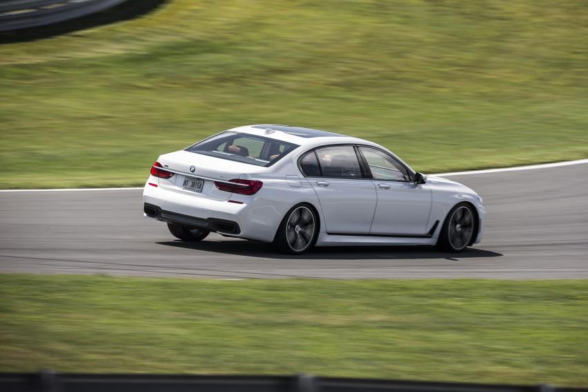 MEGA GALLERY: G11 BMW 7 Series in detail Image #391698
