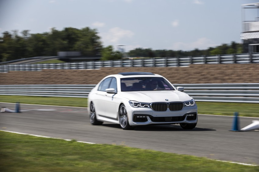 MEGA GALLERY: G11 BMW 7 Series in detail Image #391716