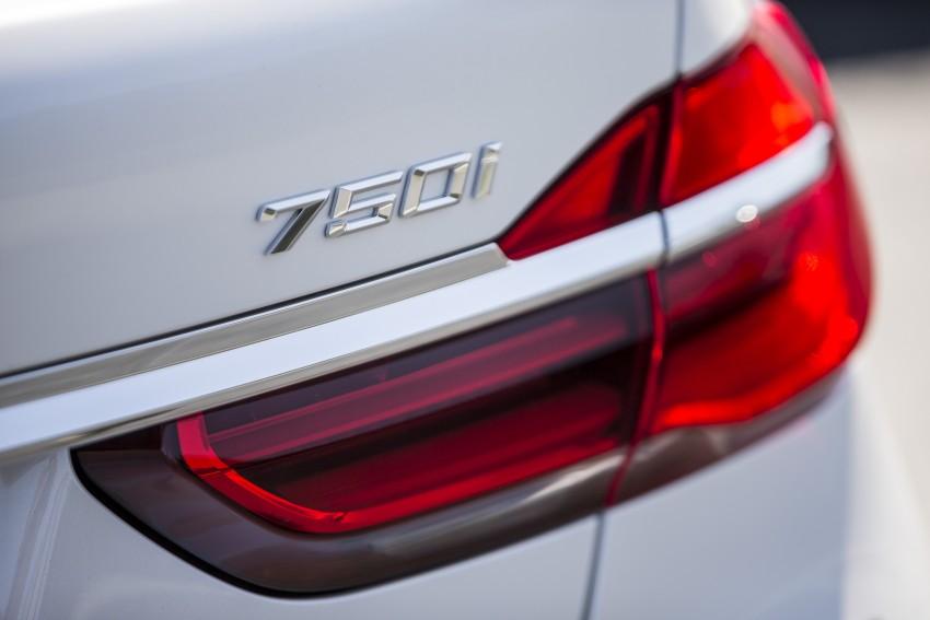 MEGA GALLERY: G11 BMW 7 Series in detail Image #391723