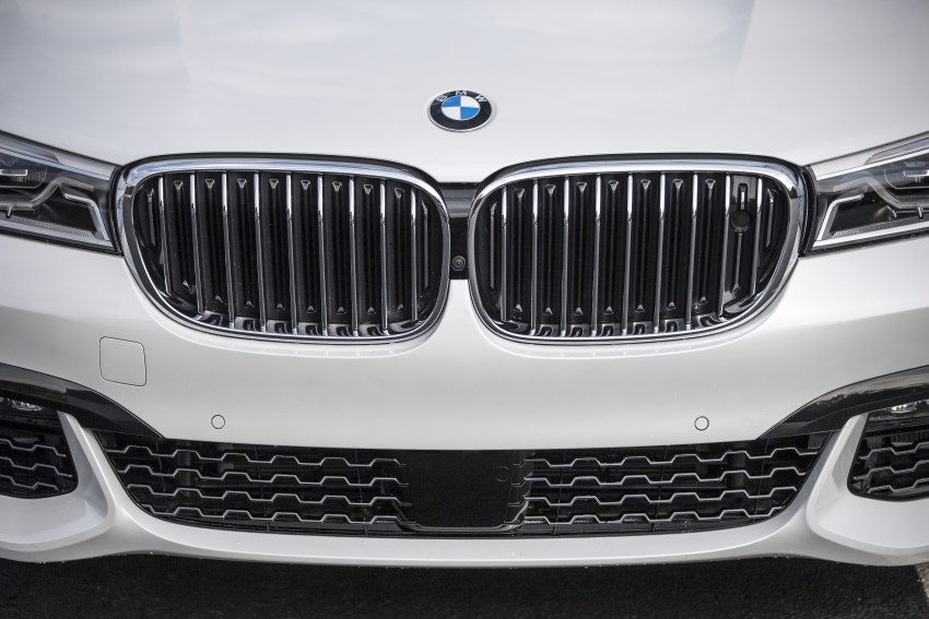 MEGA GALLERY: G11 BMW 7 Series in detail Image #391737