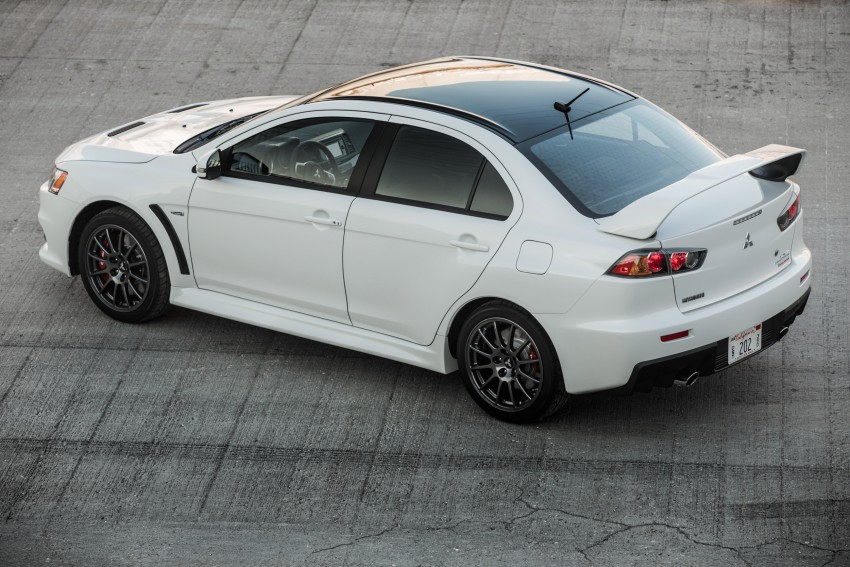 Farewell to Mitsubishi Evo X with 303 hp Final Edition Image #388261
