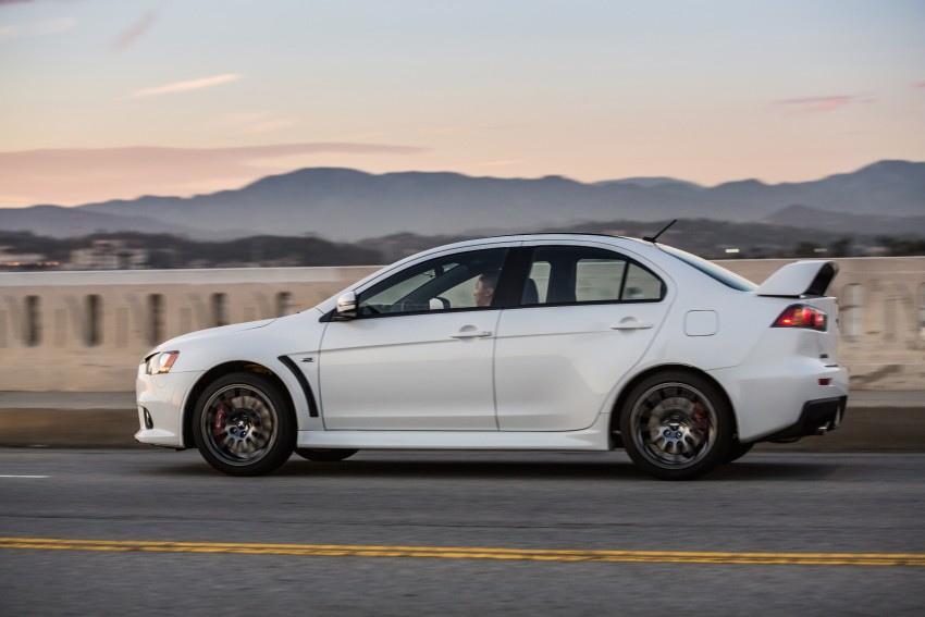 Farewell to Mitsubishi Evo X with 303 hp Final Edition Image #388264
