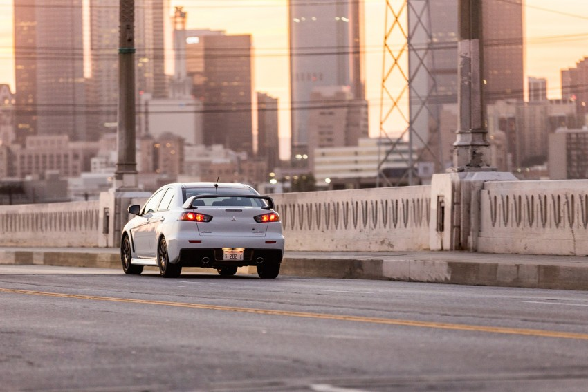 Farewell to Mitsubishi Evo X with 303 hp Final Edition Image #388288
