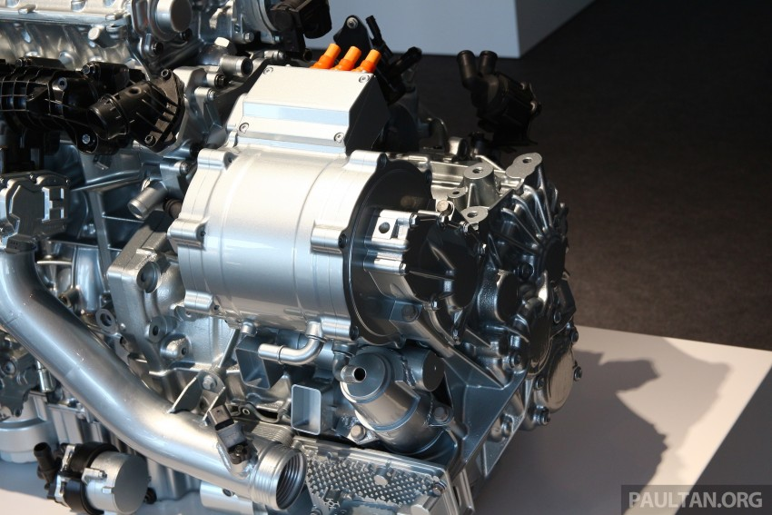 Volvo details new 1.5 litre, three-cyl T5 Twin Engine, seven-speed DCT for future XC40 SUV, V40 hatch Image #398782