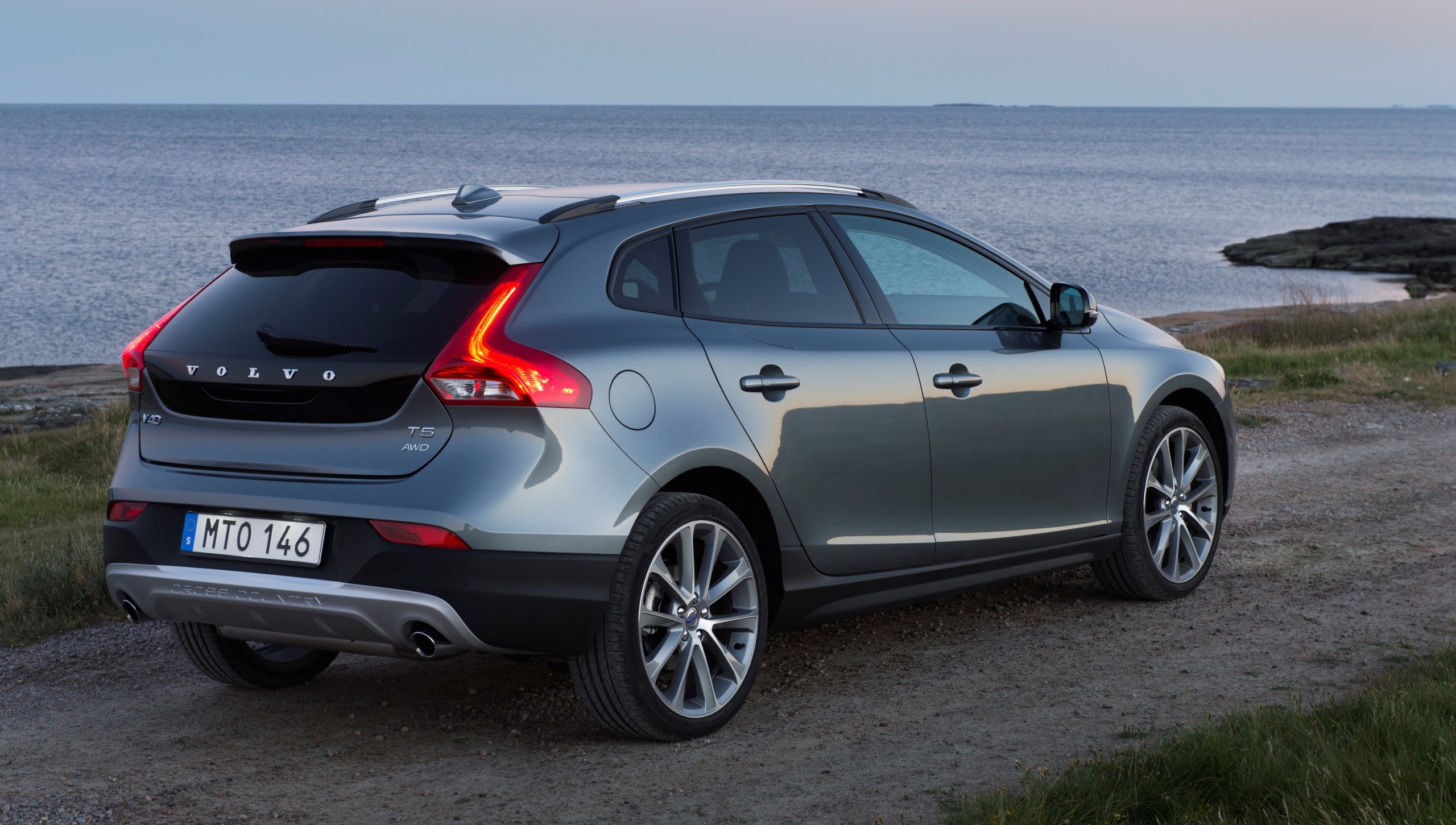 Honda Accord 2018 Spec >> 2016 Volvo Xc60 Review Ratings Specs Prices And Photos ...