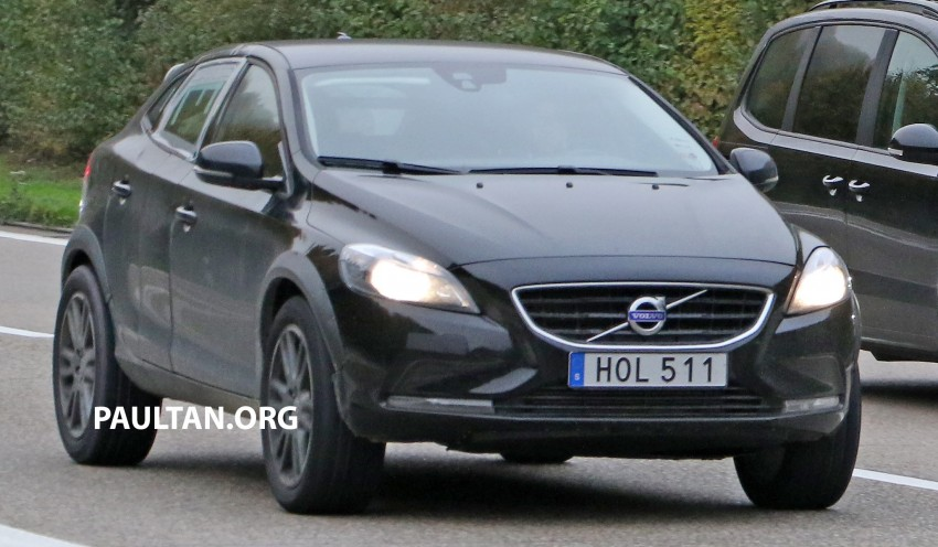 SPYSHOTS: Volvo XC40 compact SUV test mule Image #397402