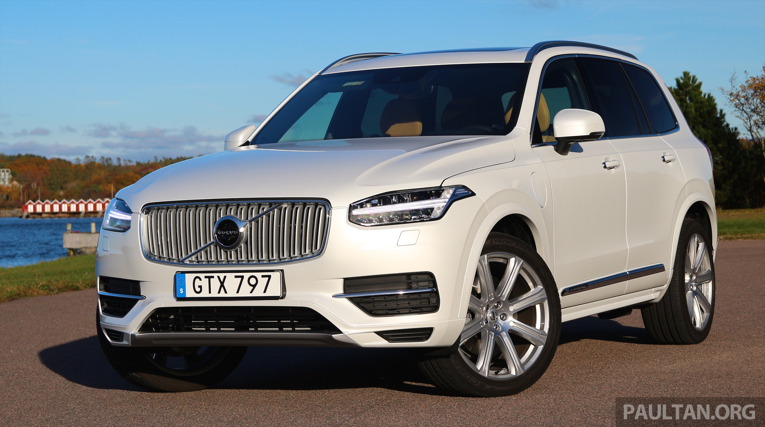 driven volvo xc90 t8 twin engine phev in sweden. Black Bedroom Furniture Sets. Home Design Ideas