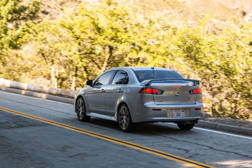 2016 Mitsubishi Lancer facelift unveiled in the US Image #386011