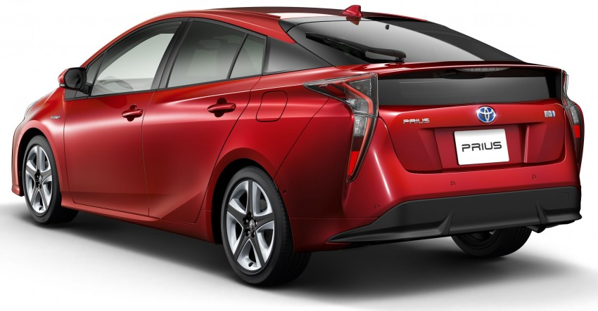 2016 Toyota Prius specs revealed – 40 km/l target FC Image #391860