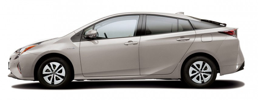 2016 Toyota Prius specs revealed – 40 km/l target FC Image #391862