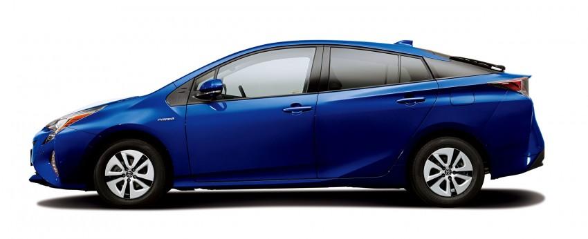 2016 Toyota Prius specs revealed – 40 km/l target FC Image #391864
