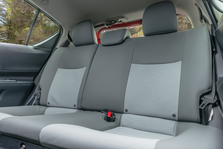 2016 Toyota Prius c gets Safety Sense, special edition Image #393685