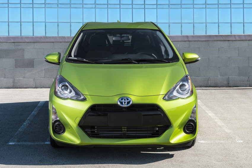 2016 Toyota Prius c gets Safety Sense, special edition Image #393694