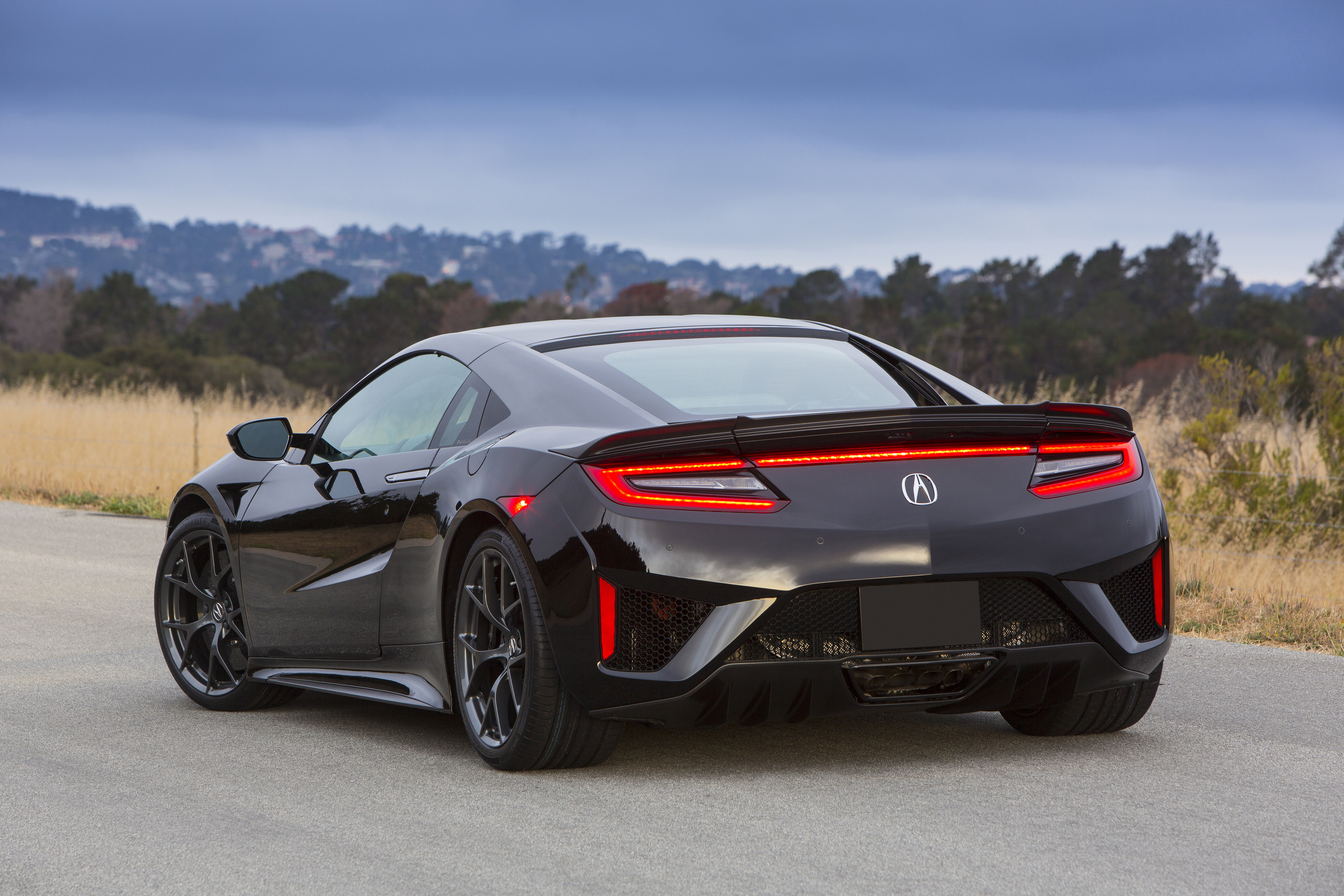 2017 Honda NSX – full technical rundown on Honda's AWD twin-turbocharged 573 hp hybrid supercar ...
