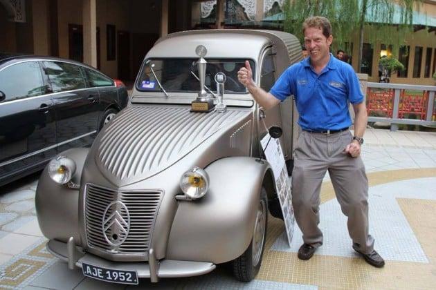Arnout Everts bags Asia Klasika 2015 Best in Show trophy for his 1952 Citroen 2CV AU