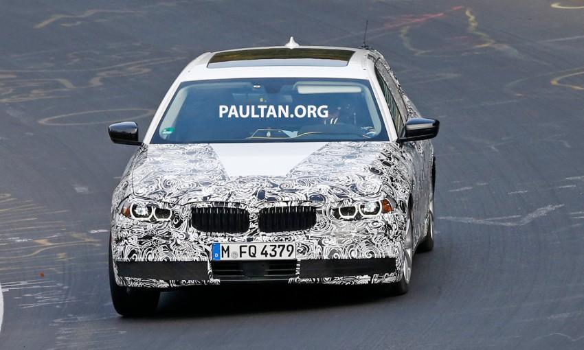 SPYSHOTS: Next-gen G30 BMW 5 Series, with interior Image #394449