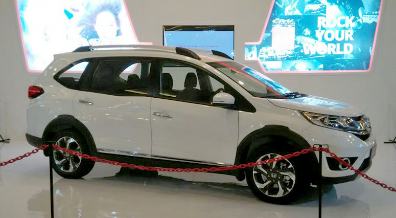 Back to Story: Honda BR-V – grey car appears, over 2,500 bookings