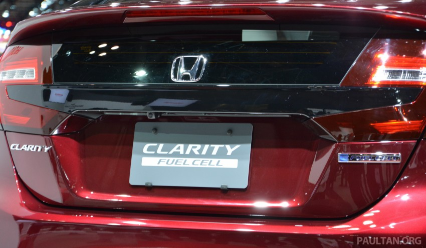 Tokyo 2015: Honda Clarity Fuel Cell makes its debut Image #398403