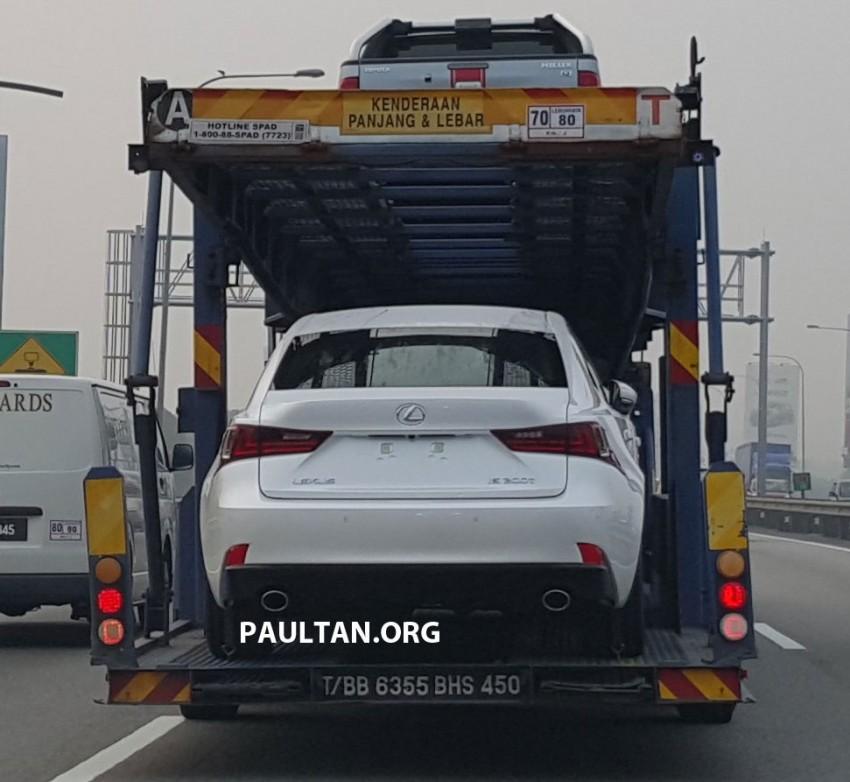 SPYSHOTS: Lexus IS 200t ahead of Malaysian launch Image #386140
