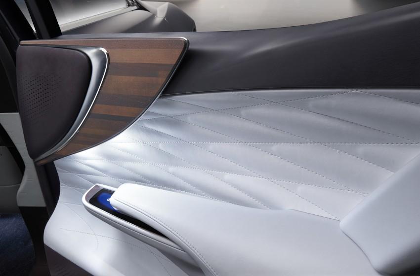 Tokyo 2015: Lexus LF-FC concept previews next LS Image #398880