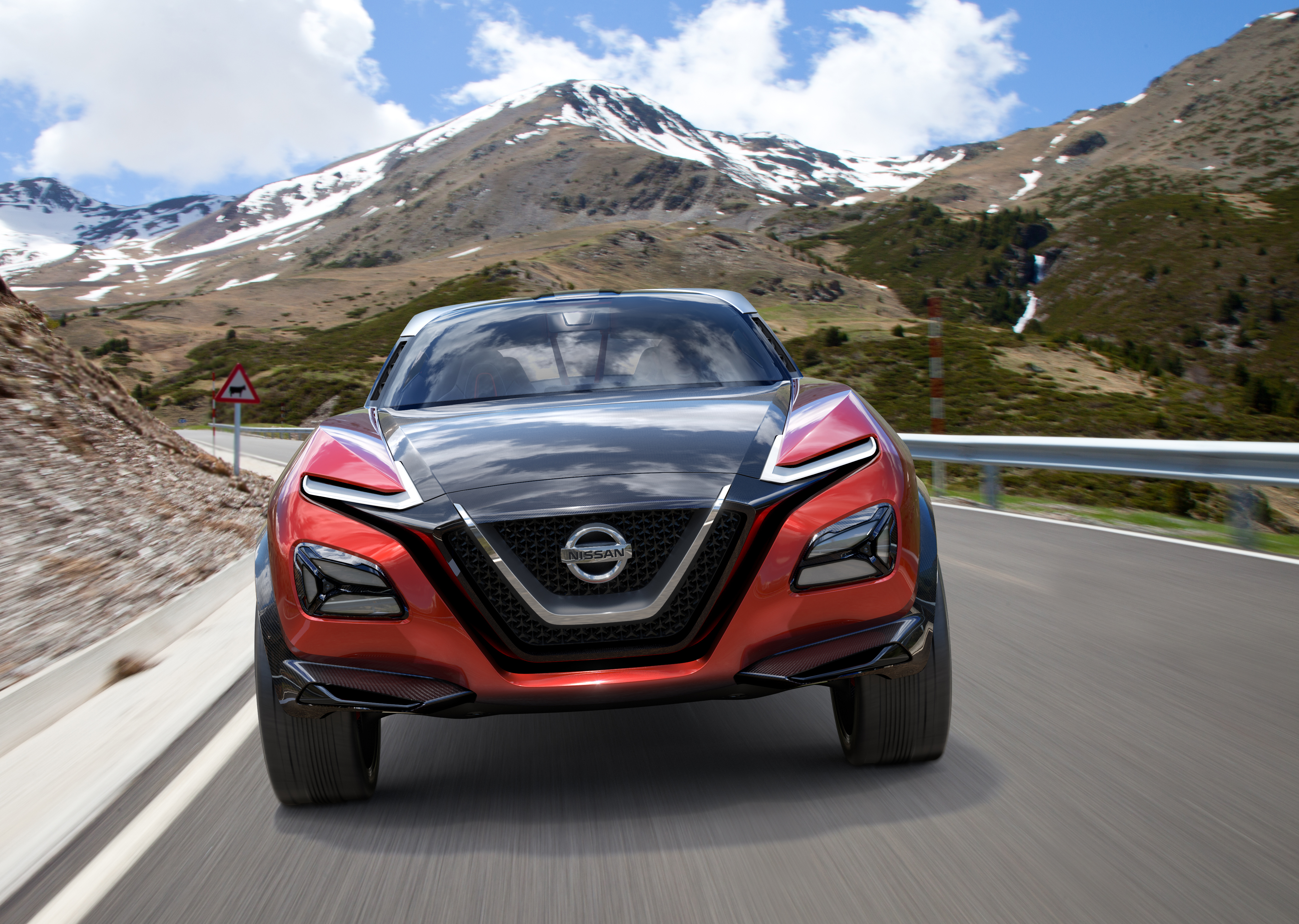 nissan to develop plug-in hybrid model for europe