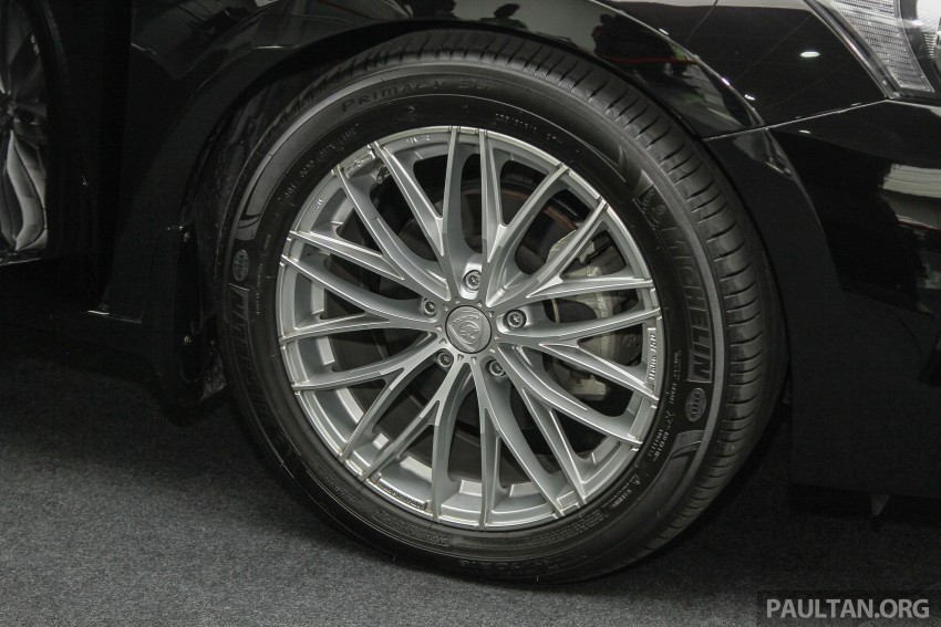 "GALLERY: ""Evolution of the Perdana"" showcase stars – V6 Executive, Accordana, Tun M's stretched limo Image #387412"