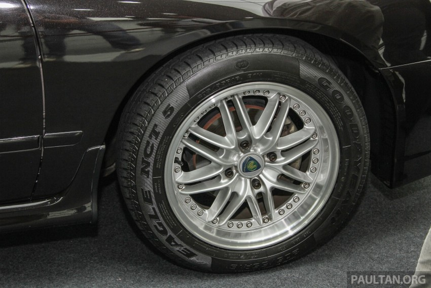 "GALLERY: ""Evolution of the Perdana"" showcase stars – V6 Executive, Accordana, Tun M's stretched limo Image #387409"