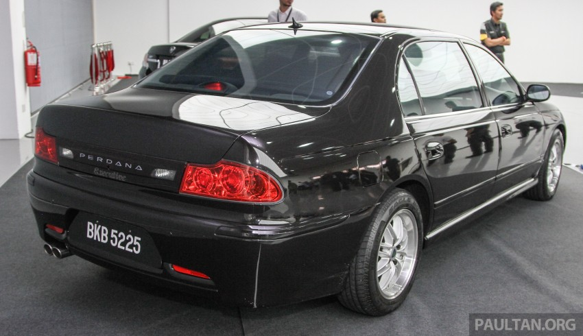 "GALLERY: ""Evolution of the Perdana"" showcase stars – V6 Executive, Accordana, Tun M's stretched limo Image #387132"