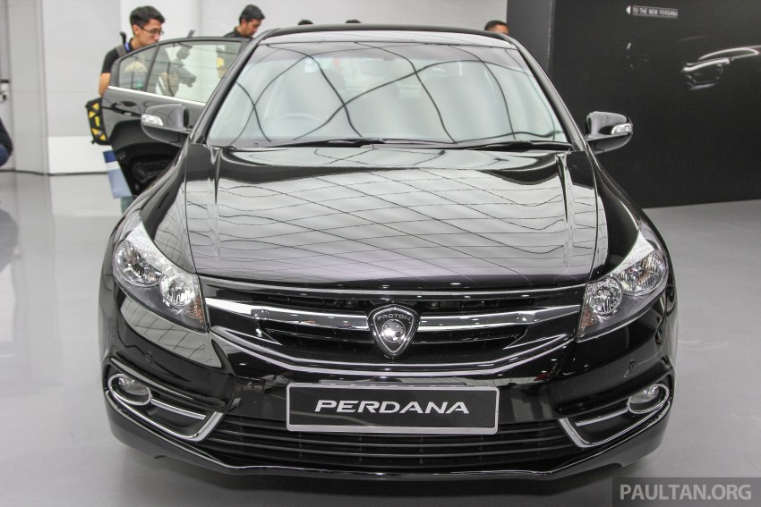 "GALLERY: ""Evolution of the Perdana"" showcase stars – V6 Executive, Accordana, Tun M's stretched limo Image #387120"