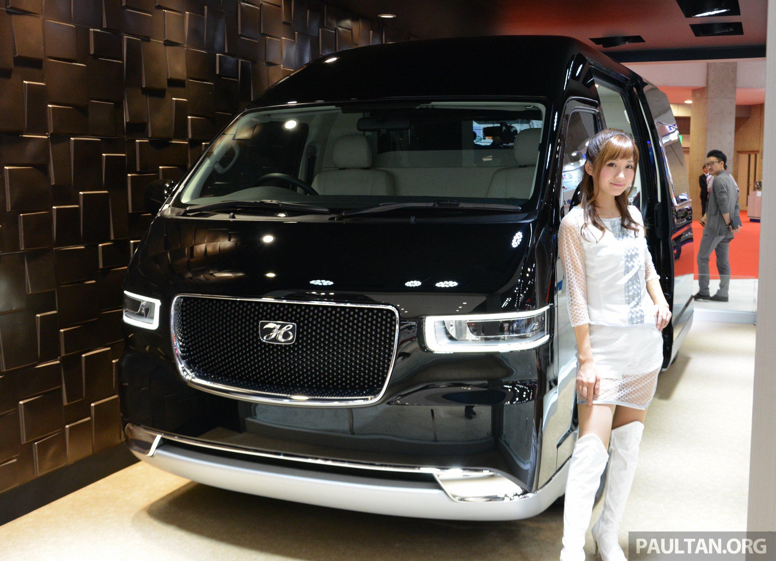 Tokyo 2015: Toyota HiAce Platinum Lounge revealed Paul Tan ...