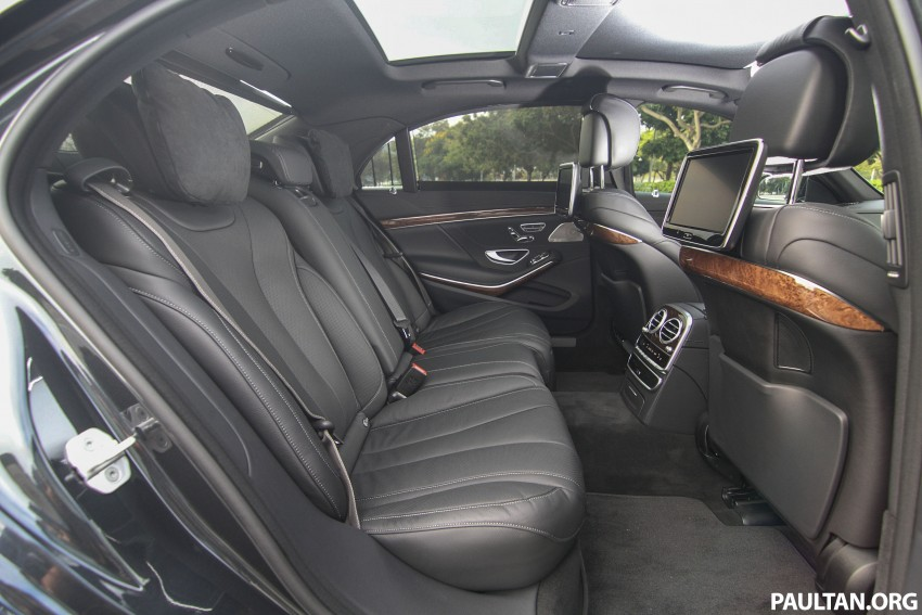 Battle of the lounge seats: W222 Mercedes-Benz S-Class and G11 BMW 7-Series rear seats compared Image #386533
