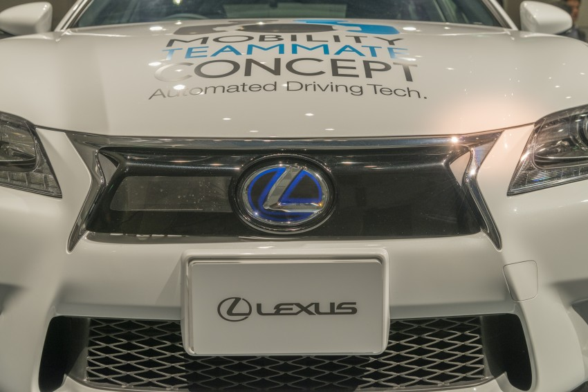 VIDEO: We experience Toyota's Highway Teammate autonomous driving tech in a modified Lexus GS Image #405345