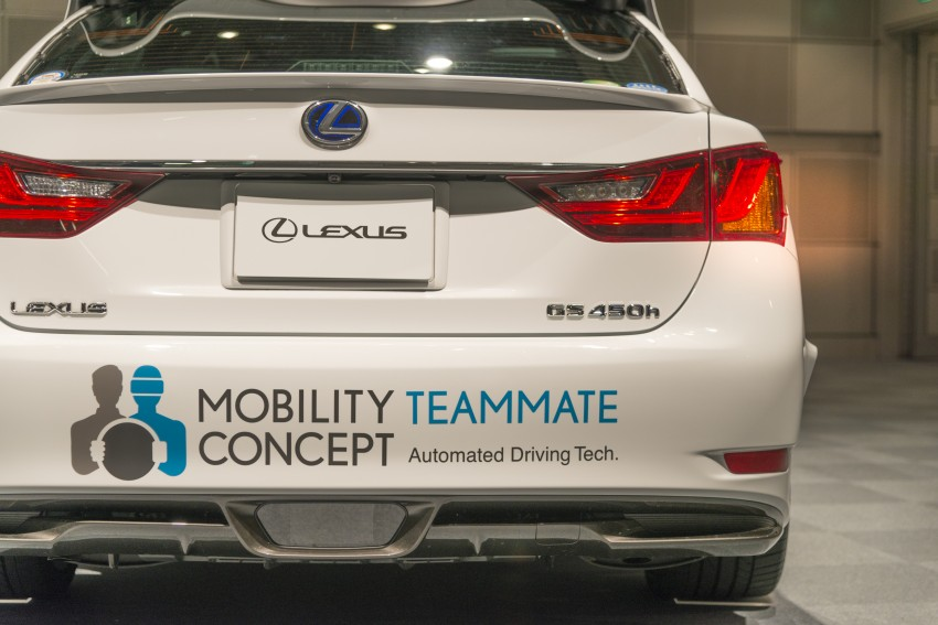 VIDEO: We experience Toyota's Highway Teammate autonomous driving tech in a modified Lexus GS Image #405339