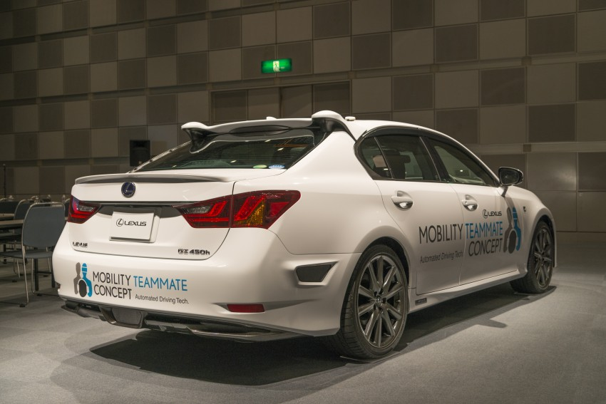 VIDEO: We experience Toyota's Highway Teammate autonomous driving tech in a modified Lexus GS Image #405335