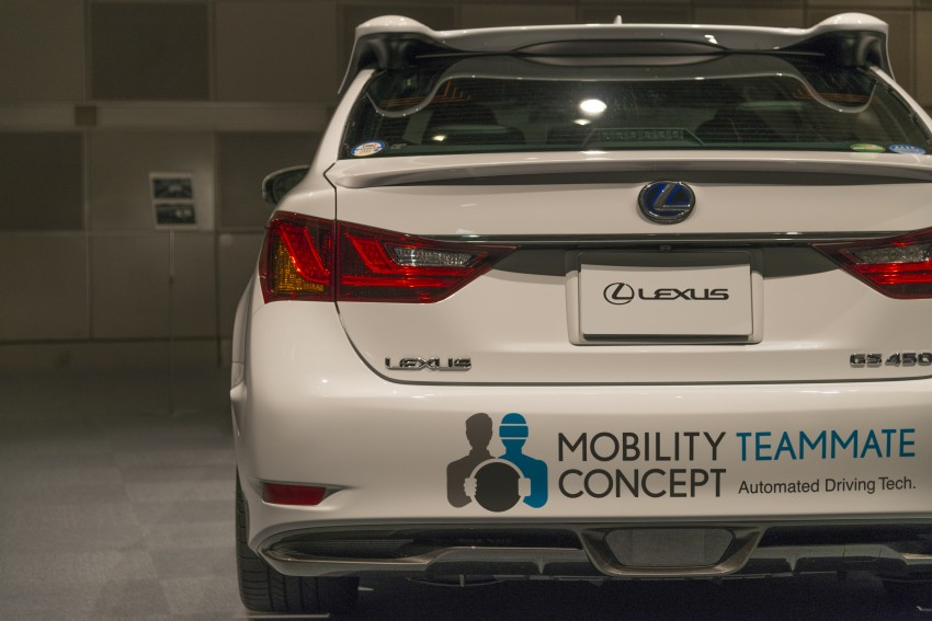 VIDEO: We experience Toyota's Highway Teammate autonomous driving tech in a modified Lexus GS Image #405329