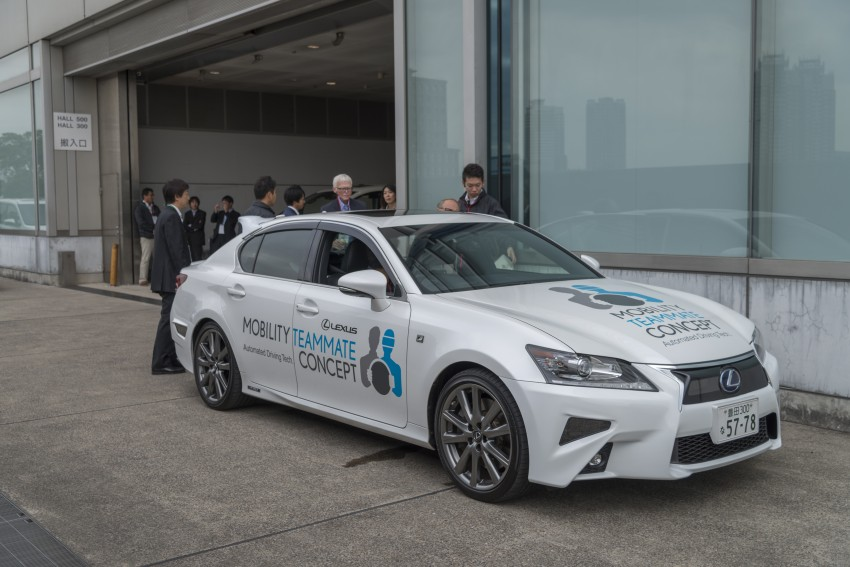 VIDEO: We experience Toyota's Highway Teammate autonomous driving tech in a modified Lexus GS Image #405328