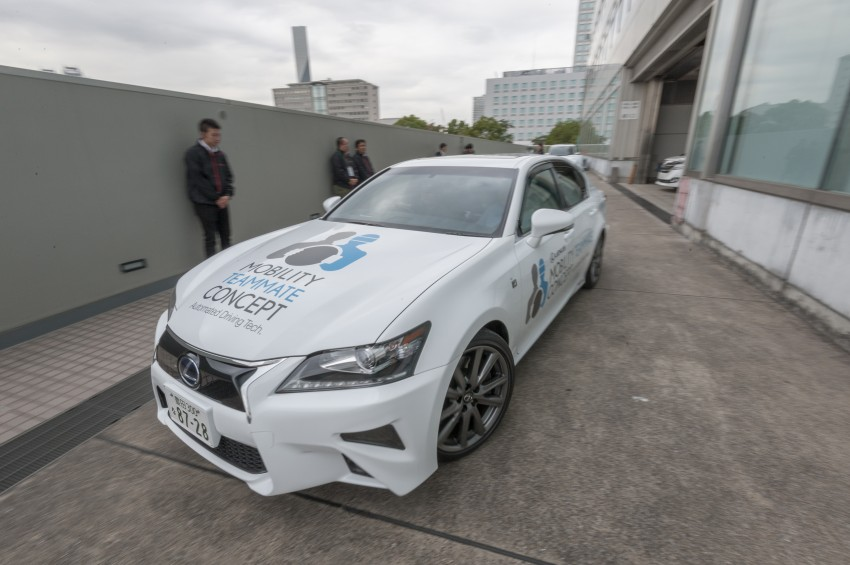 VIDEO: We experience Toyota's Highway Teammate autonomous driving tech in a modified Lexus GS Image #405319
