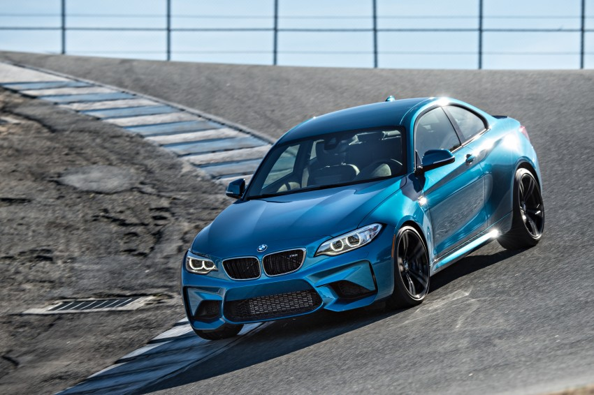 BMW M2 Coupe officially unveiled – 370 hp, 465 Nm Image #447713