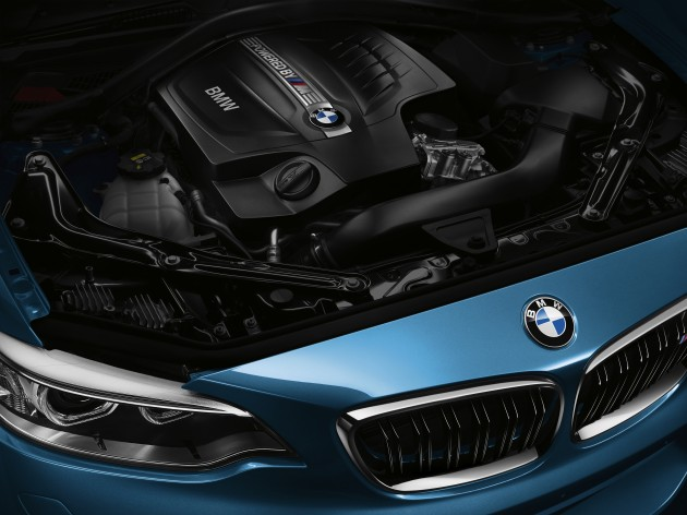 bmw-m2-engine-2