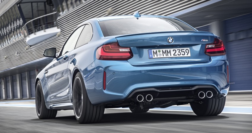 BMW M2 Coupe officially unveiled – 370 hp, 465 Nm Image #392164